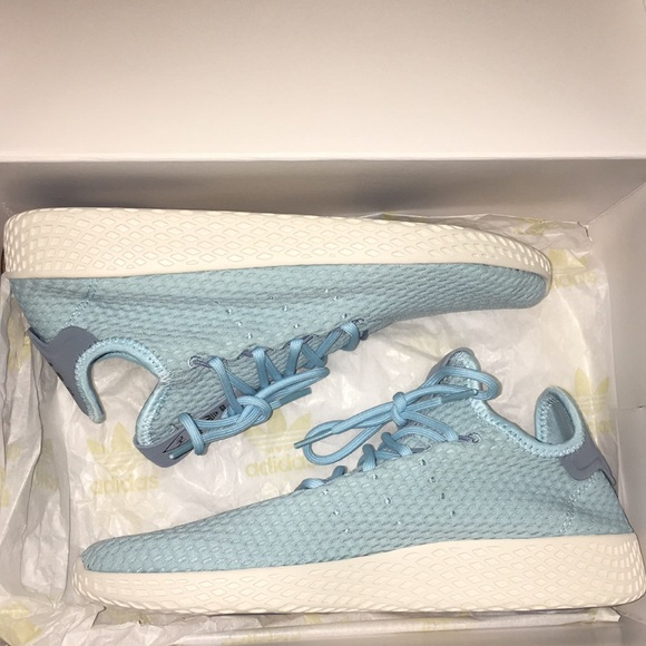 e78c9b9dcce5e NWT adidas pharrell williams hu baby blue sneakers
